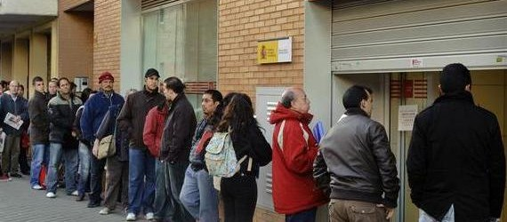 هجرة أزيد من 10 آلاف إسباني الى المدن الشمالية المغربية فرارا من الأزمة