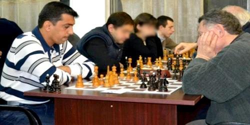 دوري الرمال الذهبية للشطرنج بمرتيل