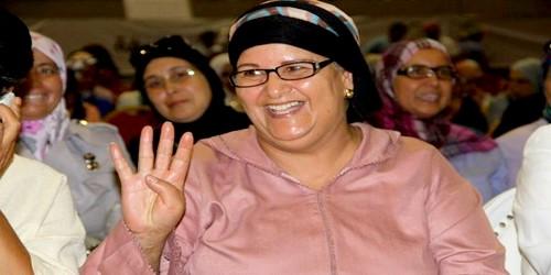 """الممثلة فاطمة وشاي ترد على شرين و ترفع شعار """"رابعة العدوية"""""""
