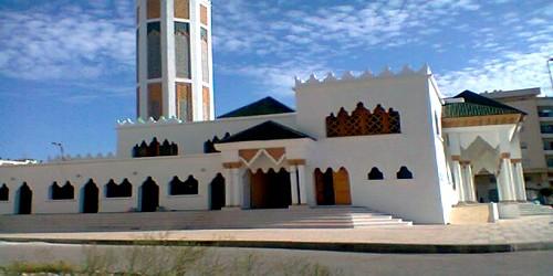 فضيحة غش في البناء تؤخر افتتاح مسجد بحي المجد بطنجة