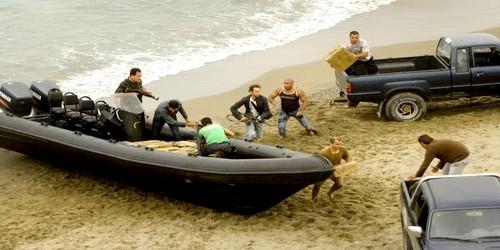 الأمن الإسباني يفكك شبكة لتهريب المخدرات تحت الماء