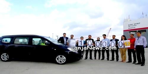 مصنع رونو/نيسان بطنجة يصدر السيارة رقم 100 ألف