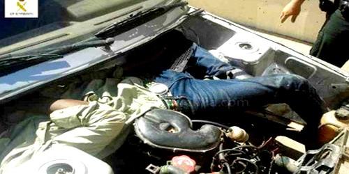 الشرطة الإسبانية تلقي القبض على شابة كانت تحاول تهريب أفارقة إلى مدينة مليلية