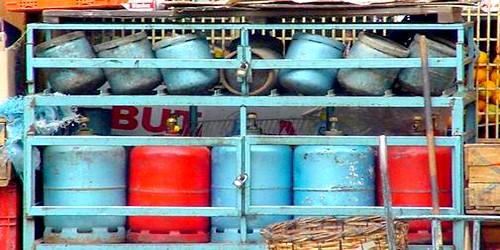 """الحكومة المغربية تؤكد عدم تأثير """"المقايسة"""" على أسعار قنينات الغاز"""