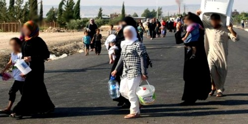 مغاربة يتحولون إلى لاجئين سوريين بطنجة !!!