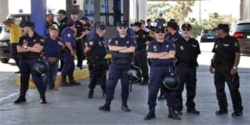 الحشيش يقود مغربية إلى الاعتقال بطريفة !