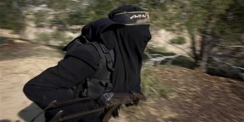 """فتاة من الفنيدق تلتحق بجبهة """"النصرة"""" بسوريا"""