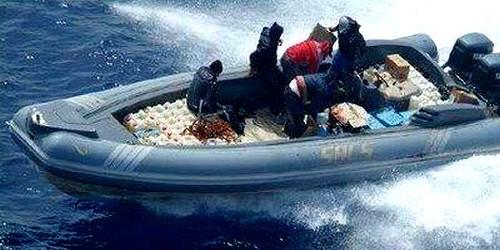 اعتراض سبيل قارب محمل بـ 482 كغ من الحشيش المغربي بمياه سبتة