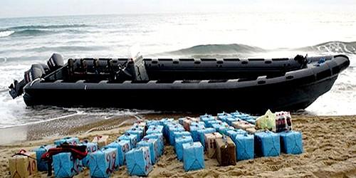 """إحباط محاولة تهريب 600 كلغ الشيرا من شاطئ """"قاع أسراس"""""""