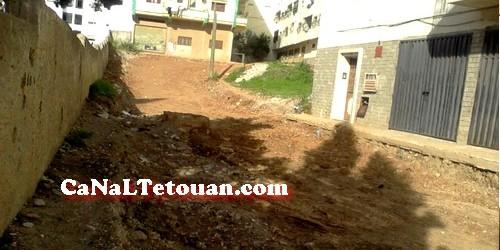 توقيف الاشغال بشارع طهران بتطوان يثير استياء الساكنة المتضررة بالحي !