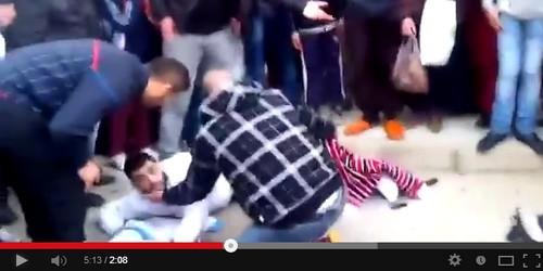 فيديو : حادثة سير خطيرة بالفنيدق بين سيارة ودراجة نارية !
