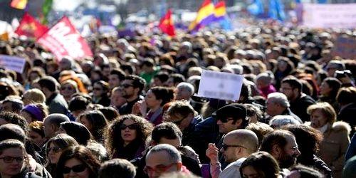 احتجاجات عارمة بمدريد بعد منع المغاربة من دفن موتاهم (فيديو)