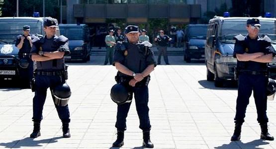 شرطة مدريد تتسلط على المغاربة !