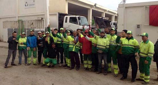 شركة النظافة تيكميد بمرتيل تطرد 23 عاملا !