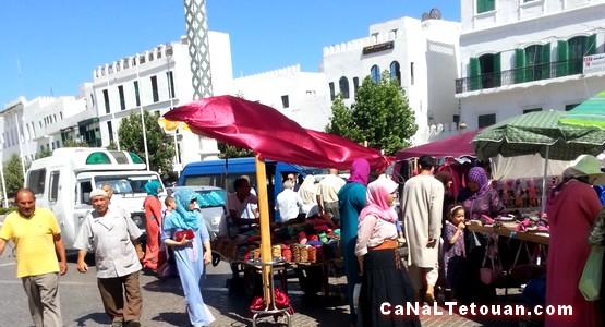 باشا المدينة يقوم باخلاء شوارع تطوان من الباعة المتجولين !
