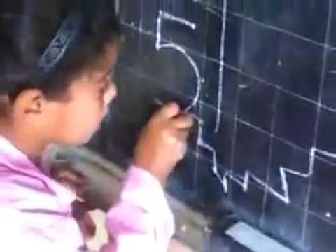 """هذا هو القرار الذي اتخدته الوزارة في حق المعلم صاحب """"الفيديو رقم 5″"""