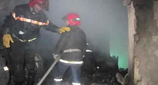 اندلاع حريق مهول بمخزن في القصر الكبير (صور)