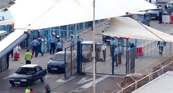 القاء القبض على مدرب المغرب التطواني بمعبر باب سبتة !