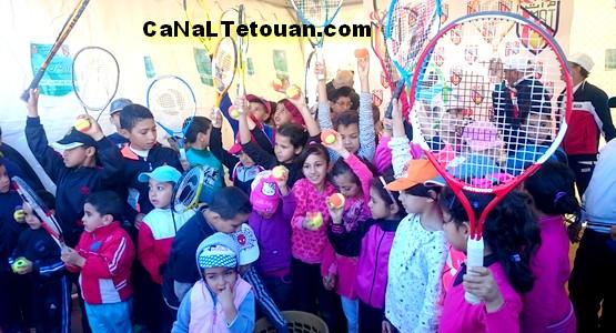 نادي المغرب اتلتيك تطوان فرع كرة المضرب ينظم أيام تحسيسية (صور)