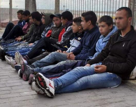 إسبانيا ترد على صمت المغرب حول طرد 20 قاصرا مغربيا