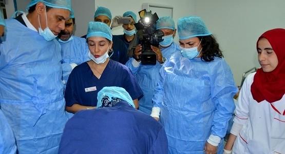 """استفادة 300 شخص من حملة طبية مجانية لجراحة """"الجلالة"""" بعمالة المضيق-الفنيدق"""