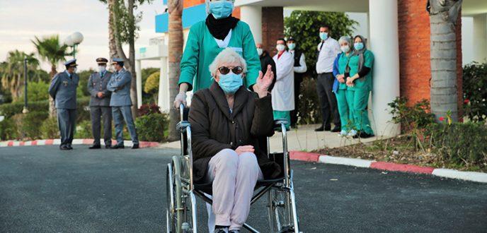 """سيدة في 78 من عمرها تشفى من """"كورونا فيروس"""" و هي سابع حالة شفاء بطنجة"""