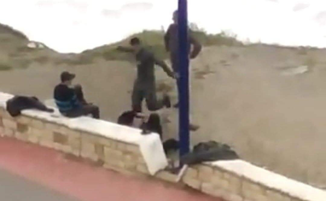 وزارة الداخلية تفتح تحقيق في اعتداء عنصر من القوات المساعدة على مواطن بالفنيدق !