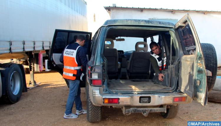 طنجة.. حجز 695 كلغ من الشيرا وتوقيف سبعة أشخاص للاشتباه في التهريب الدولي للمخدرات